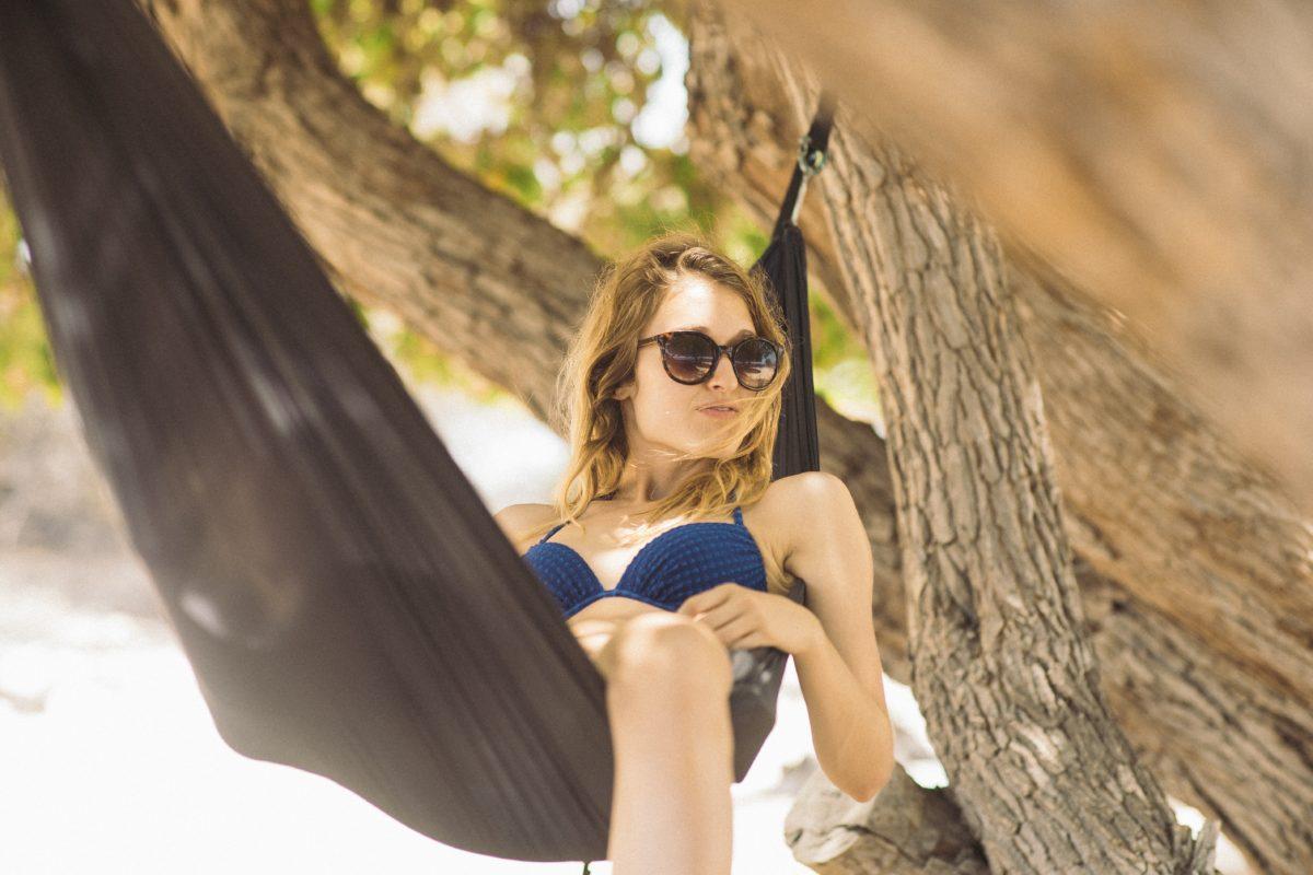 Bolí vás o prázdninách krční páteř? Změňte tyto věci!