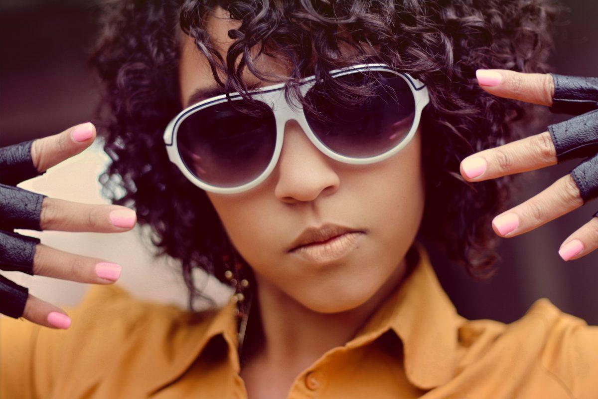 Znáte nejvíc cool typy slunečních brýlí? Tady jsou!